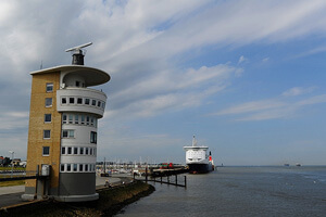 Cuxhaven-Nordsee-Faehre